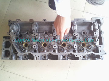 China High Performance Cylinder Heads , Cast Iron Cylinder Heads For Isuzu 4hk1 Engine distributor